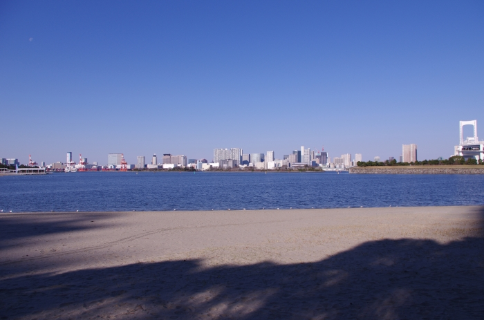 Eastern coast of Tokyo as seen from Odaiba